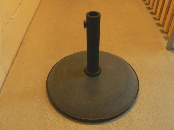 schirmst nder f r balkon oder terrasse fn kleinanzeigen. Black Bedroom Furniture Sets. Home Design Ideas