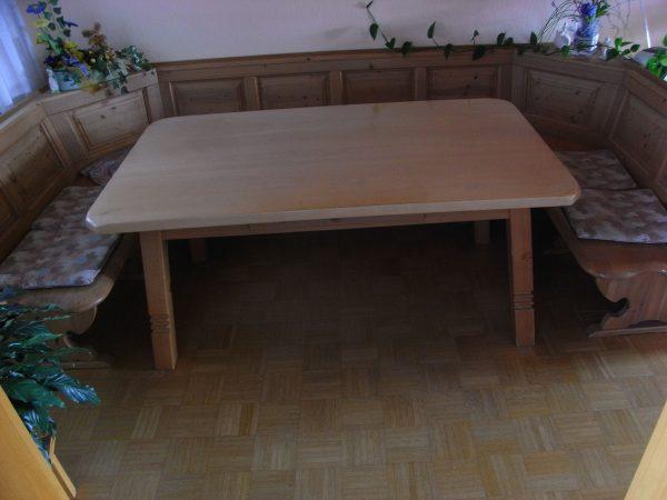 eckbank vollholz mit tisch und 2 st hlen fn kleinanzeigen. Black Bedroom Furniture Sets. Home Design Ideas